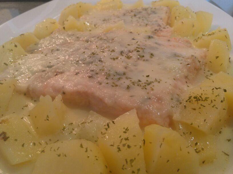 Receta Ragú de salmón en salsa de alcaparras con Thermomix®
