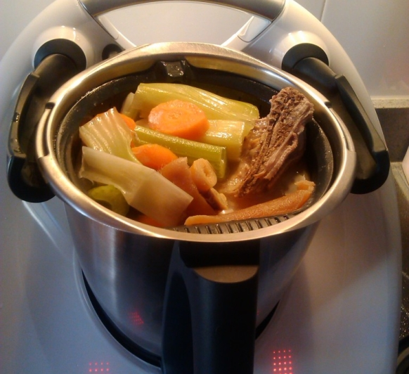 Puchero con Thermomix® TM5