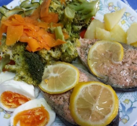 Crema rapida de verduras y salmon en papillote